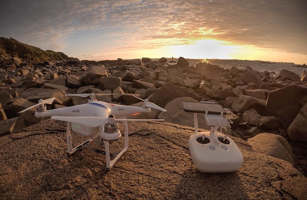 Décollage de drone en bretagne